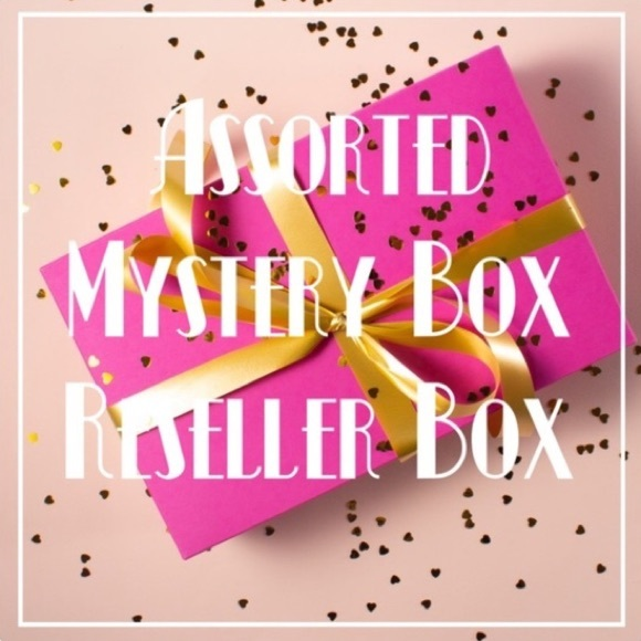 10 Name Brand Item Reseller Mystery Box!